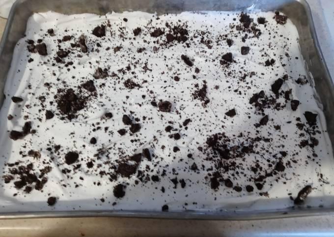 Oreo Kahlua Cake