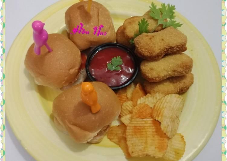 How to Cook Yummy #Mini_Nuggets_Burger! #KokabandCookpad #RamadanKiTayari