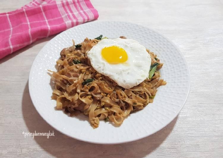 Kwetiaw Goreng Ayam