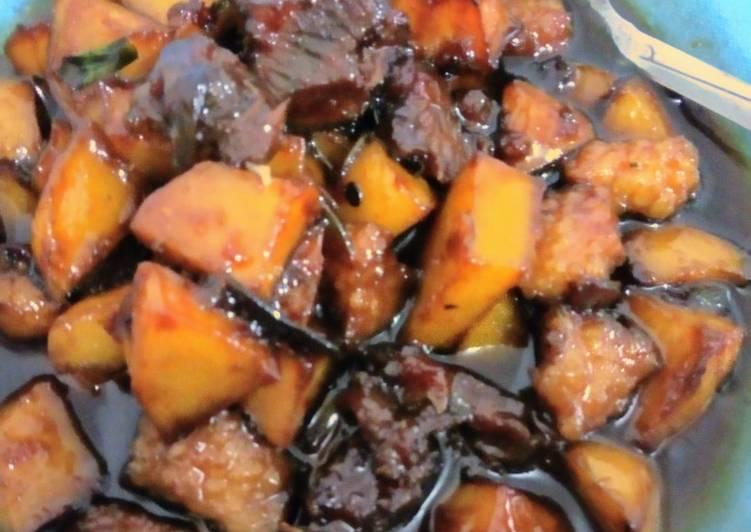 Bistik daging with potato