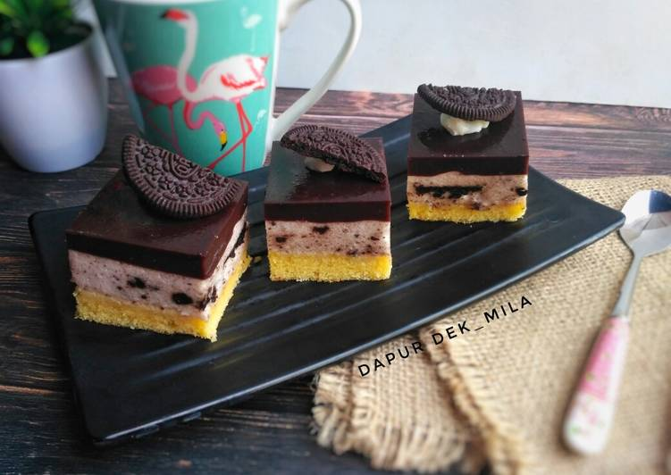 Cake Puding Coklat Oreo