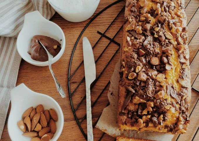Cake aux fruits secs et pépites de chocolat