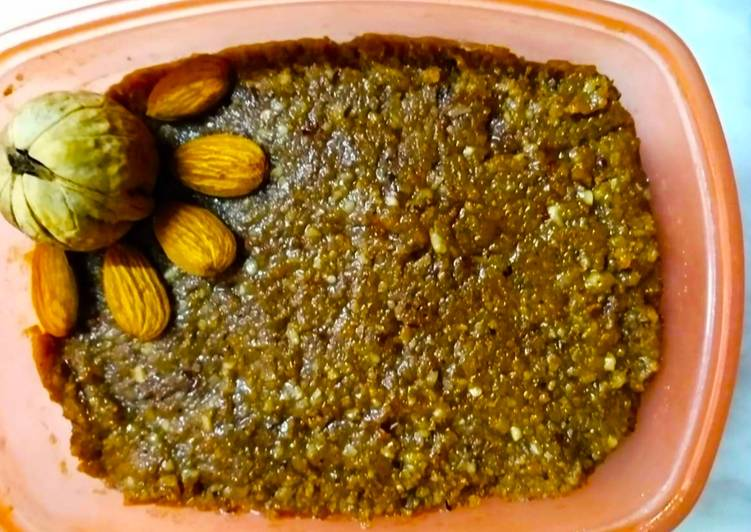 Steps to Make Ultimate Walnut Almond Halwa