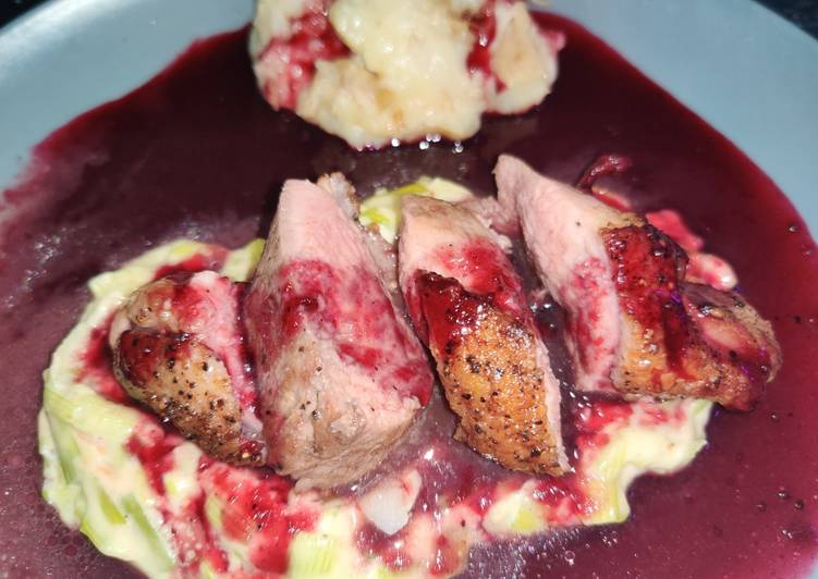Duck with mash and red wine jus