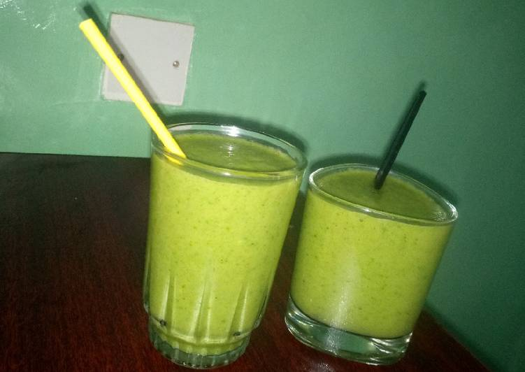 Recipe of Top-Rated Simple green dream smoothie