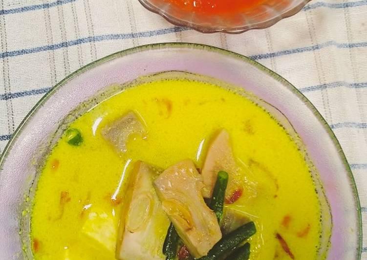 Gulai nangka & sambel klonyom (sambel tomat)