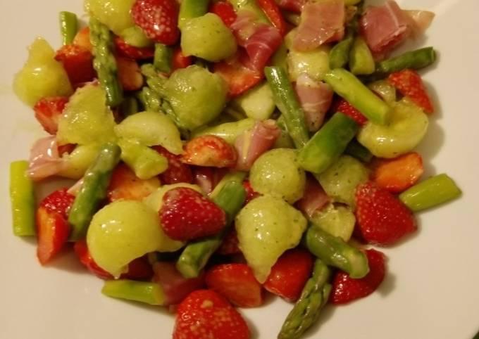 Schritte Um Ultimative Saison-Salat zuzubereiten