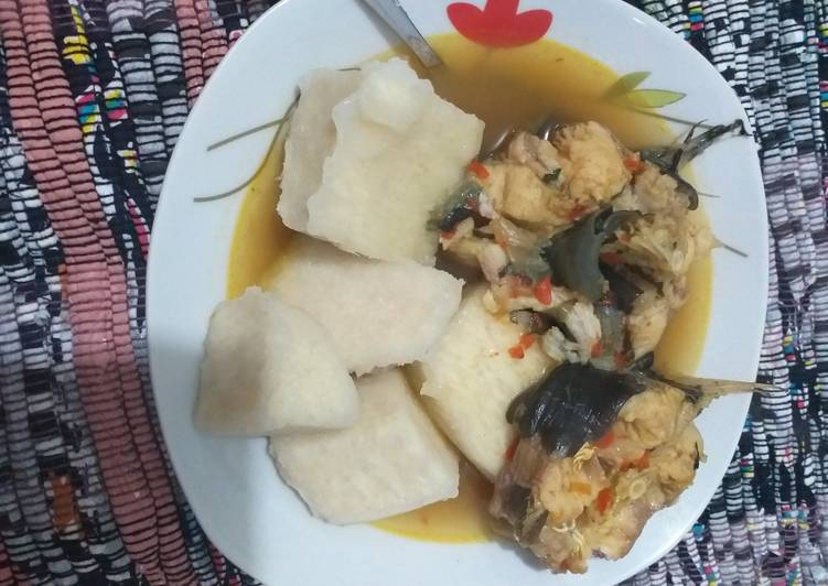15 Minute Recipe of Cooking Boiled yam with cat fish pepper soup