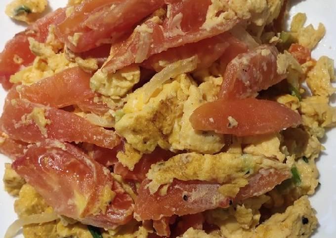 Tomatoes con Eggs