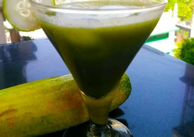 Cucumber -ginger-detox juice