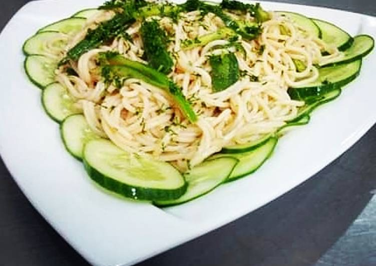 Herbed spaghetti salad