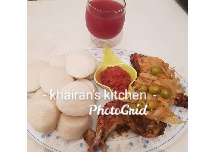 Steamed rice cake and grilled chicken