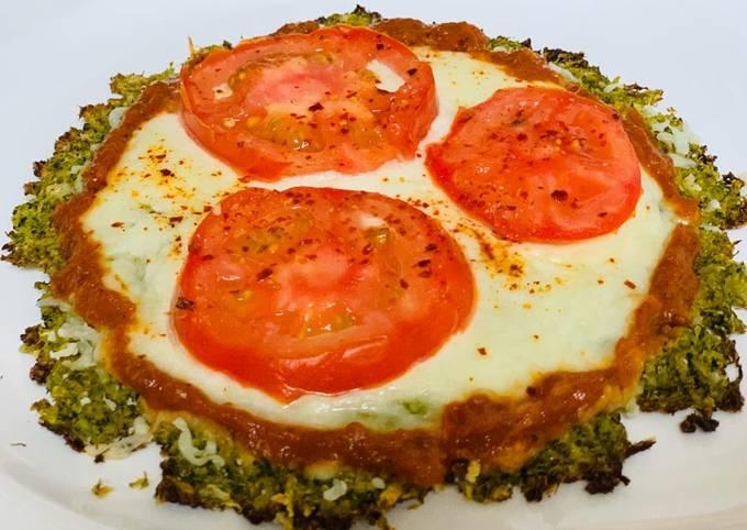 Broccoli tomato Pizza