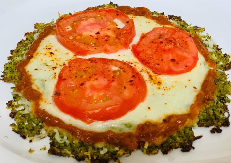 Broccoli tomato Pizza