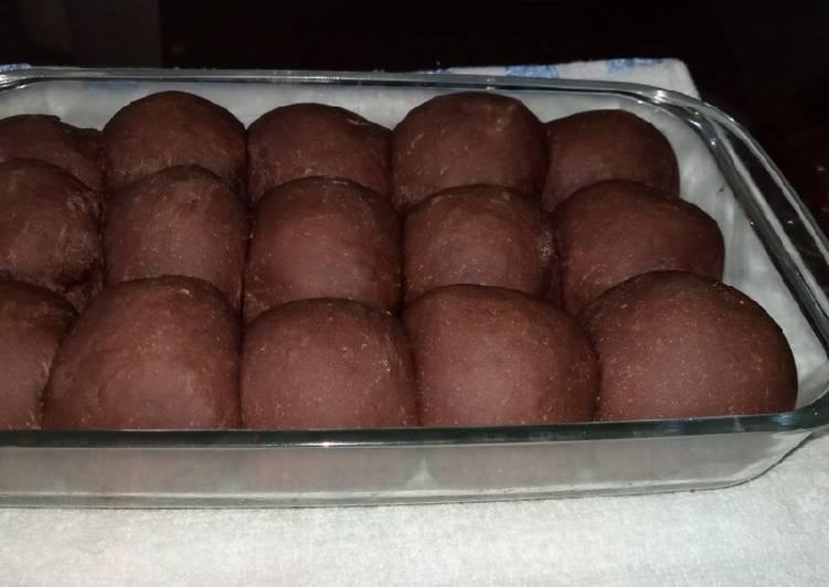 Chocolate bread Recipe by Ummu Moha