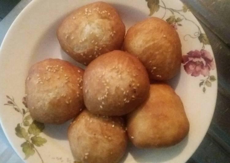 Roti goreng bulat