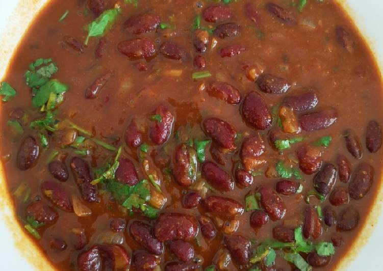Kidney beans in pasta sauce – Simply Recipes Cookbooks