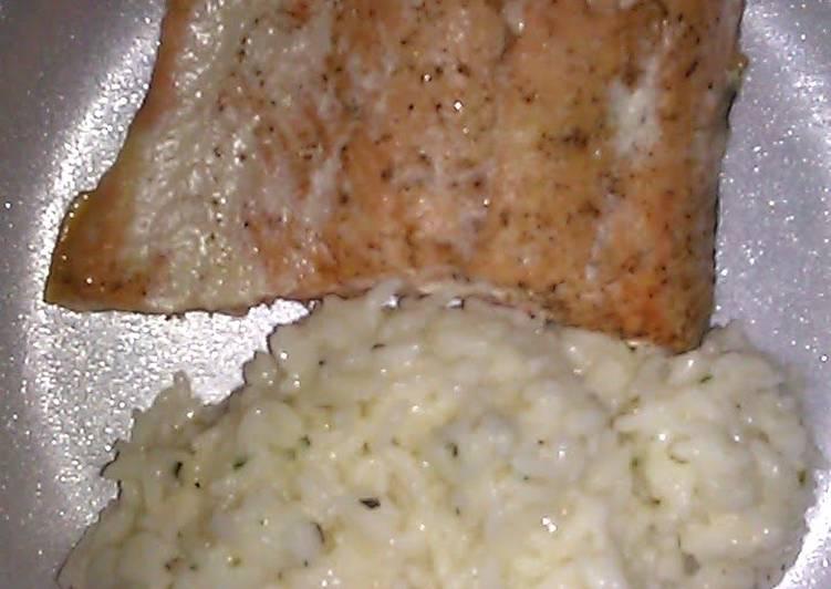 Salmon With Cream Rice