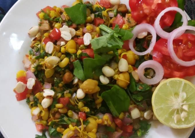 Healthy mix sprout salad