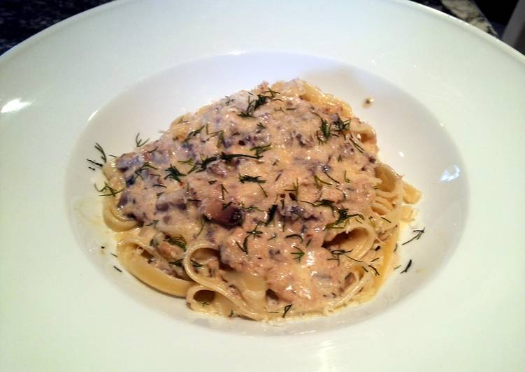 Mom's Tuna Casserole - Reinvented