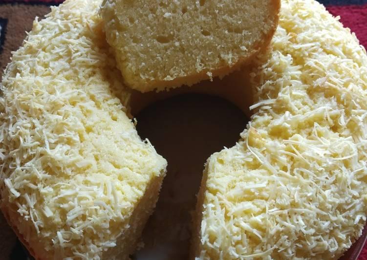 cara memasak Bolu keju panggang simpel - Sajian Dapur Bunda