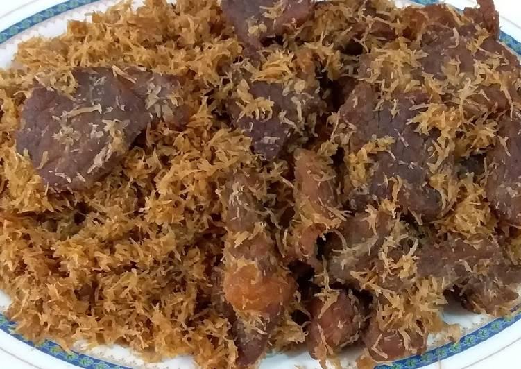 Srundeng daging sapi mbah riboet