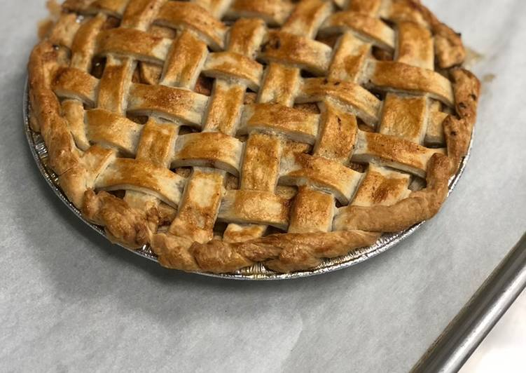 30 Minute Simple Way to Prepare Summer Delicious Apple Pie For Alex !😋