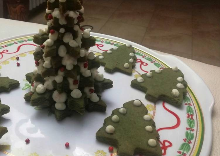 Albero di biscotti salati all'alga spirulina con stracchino 🌷