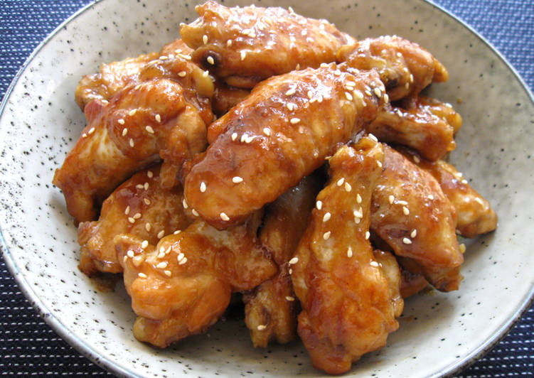 Simple Way to Prepare Quick Pan-cooked Honey Soy Chicken Wing Nibbles