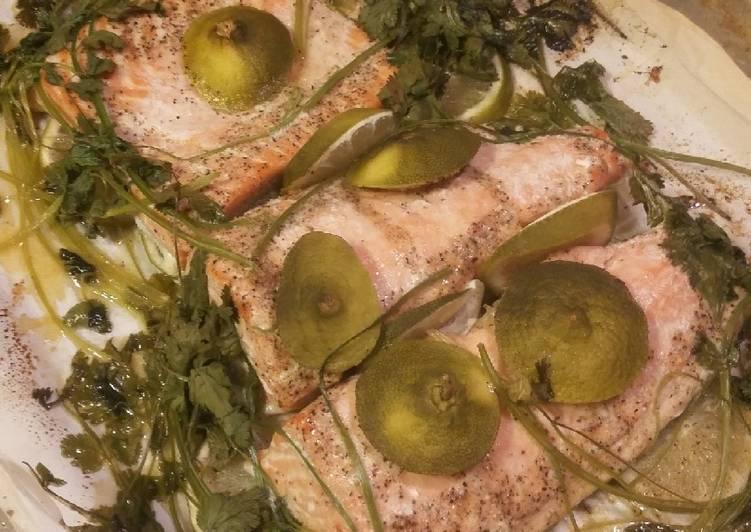 Parchment Pouch Cilantro Lime Salmon