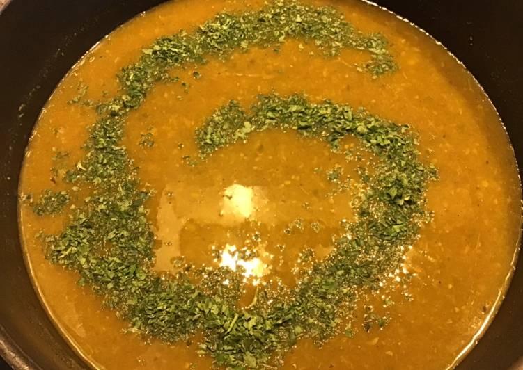 Soupe de panais courgettes et céleri aux épices