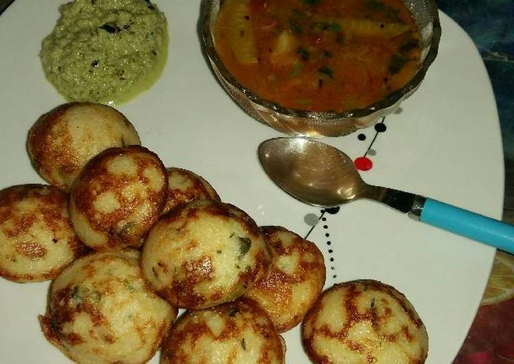 Old Fashioned Dinner Easy Favorite Appe with sambar-chutney