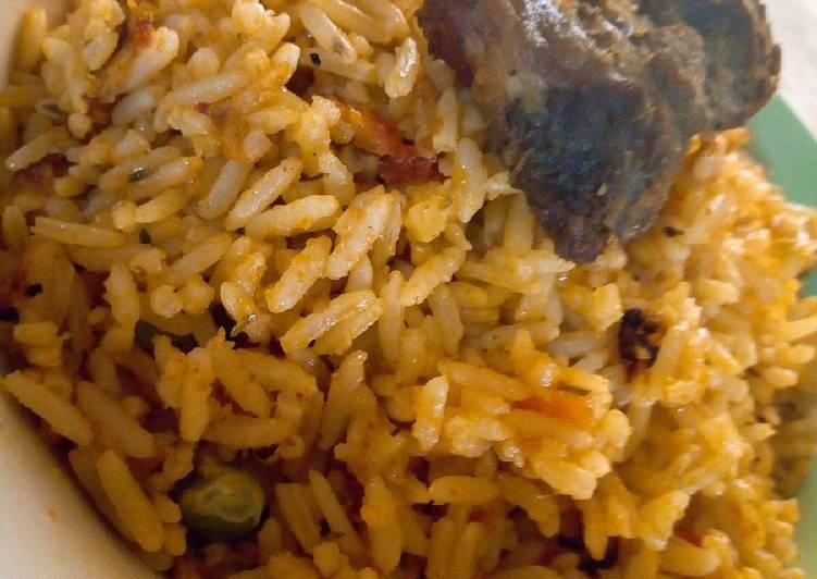 Jellof rice and fried beef