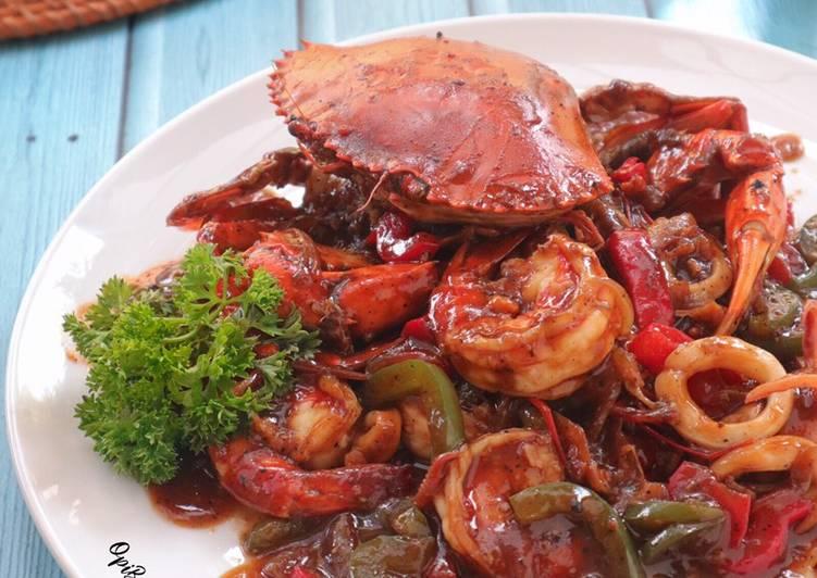 Seafood Platter Saus Lada Hitam