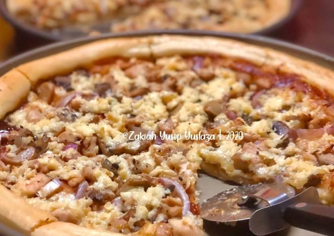 Pizza Ayam dan Cendawan