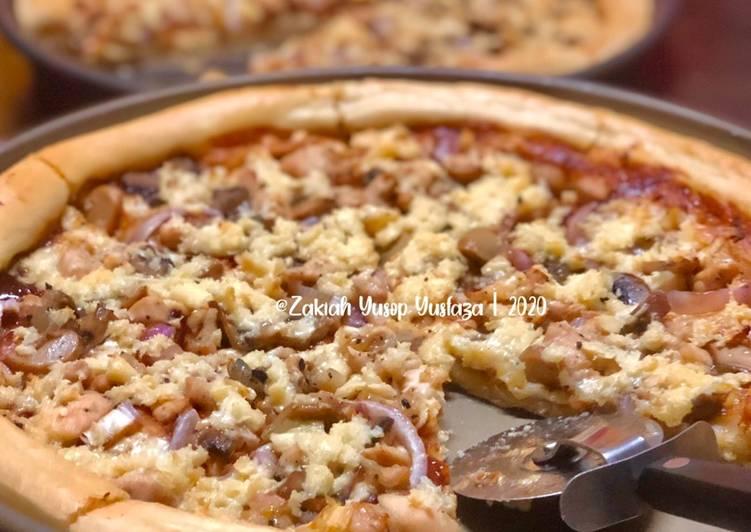 Cara Mudah Masak: Pizza Ayam dan Cendawan  Dirumah