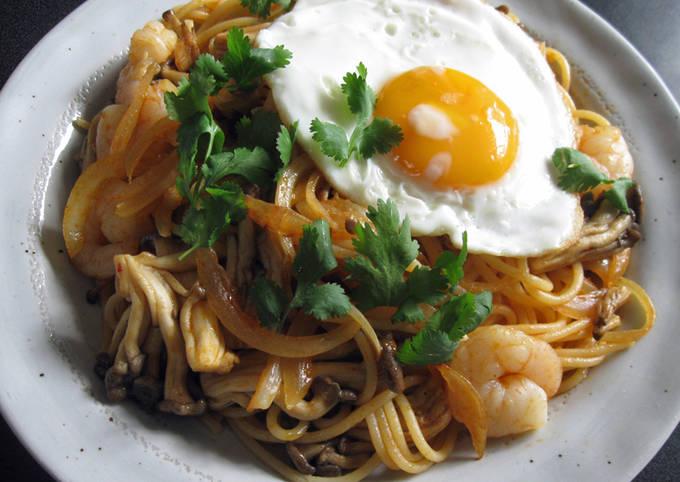 Fiery Tom Yum Kung Spaghetti