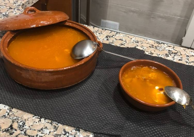 Sopa castellana o de ajo