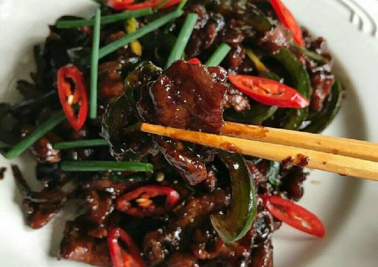 Resep Tender Mongolian Beef Oleh Cooking With Sheila Cookpad