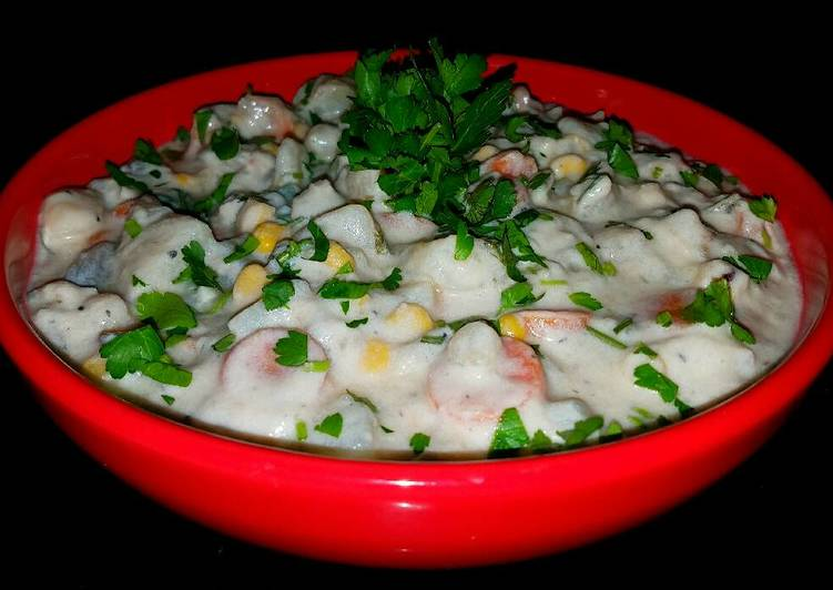 Mike's Creamy Stacked Seafood Chowder