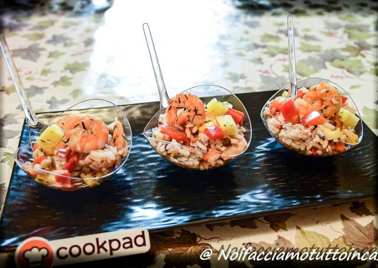 Finger Food - Insalata di Cereali con peperoni marinati, ananas e gamberi saltati