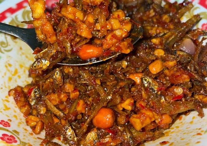 sambal kering tempe ikan teri - resepenakbgt.com