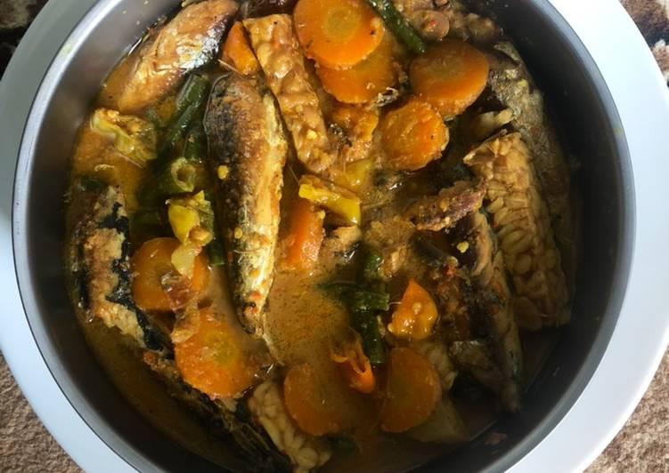 Bagaimana Membuat Pindang sayur santan yang Lezat Sekali