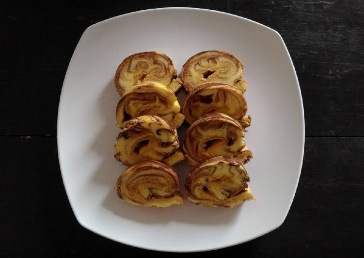 Bolu Gulung Marmer Selai Kacang - cookandrecipe.com