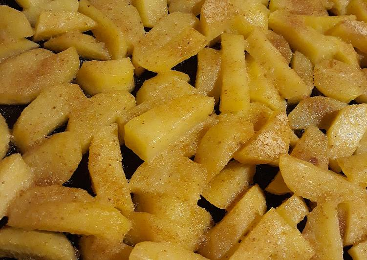 Recipe of Homemade Roasted potatoes with bread crumb crust