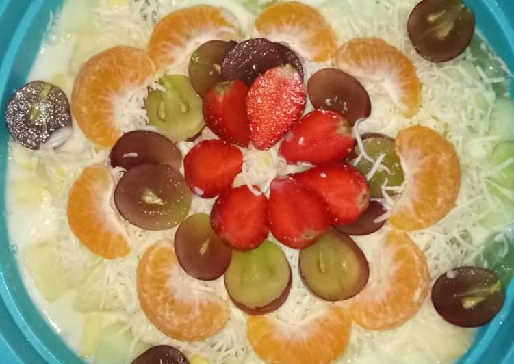 Salad buah tanpa mayo,yoghurt dan skm