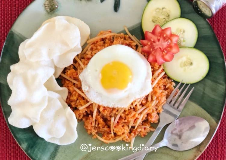 Easiest Way to Prepare Appetizing Nasi Goreng Jawa (Javanese Fried Rice)