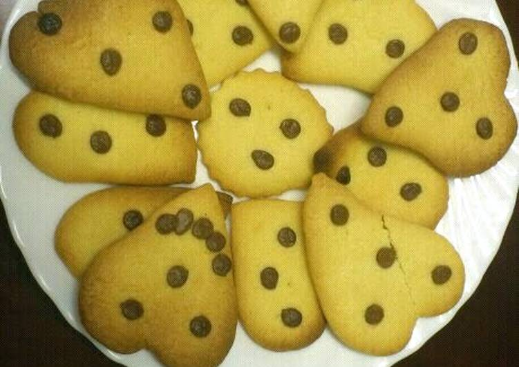 Step-by-Step Guide to Make Perfect Vanilla Biscuits <3