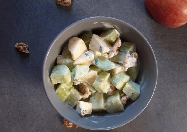 Salade de concombre aux noix