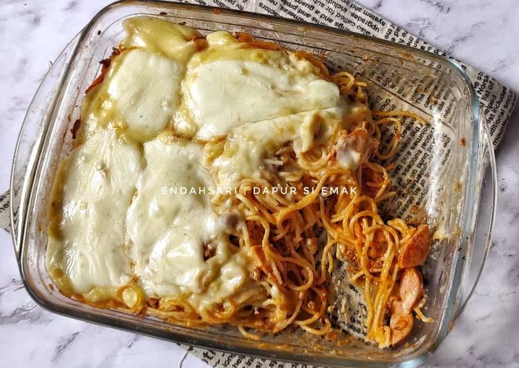 Simple Baked Spaghetti / Spaghetti Brulee